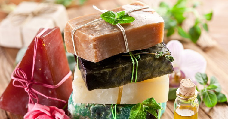 10 Amazing Homemade Soap Recipes - Off-Grid