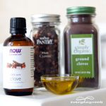 How To Make A Clove Compress For Toothaches